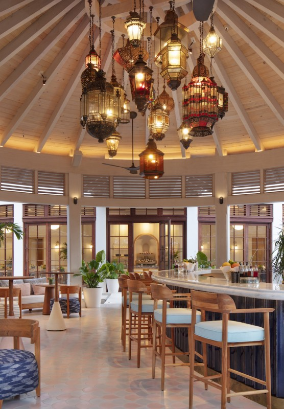 The Costa outdoor bar at Rosewood Baha Mar in Nassau Paradise Island